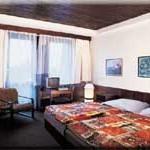hotel-globus-room1