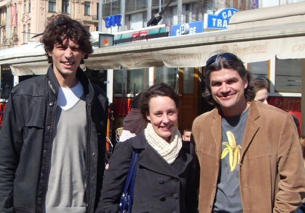 Kristina, Pavel og Helge ved Cafe Tramvaj
