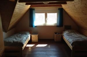 bo i sommerhus i nærheden af Prag