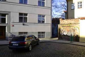central prag lejlighed facade